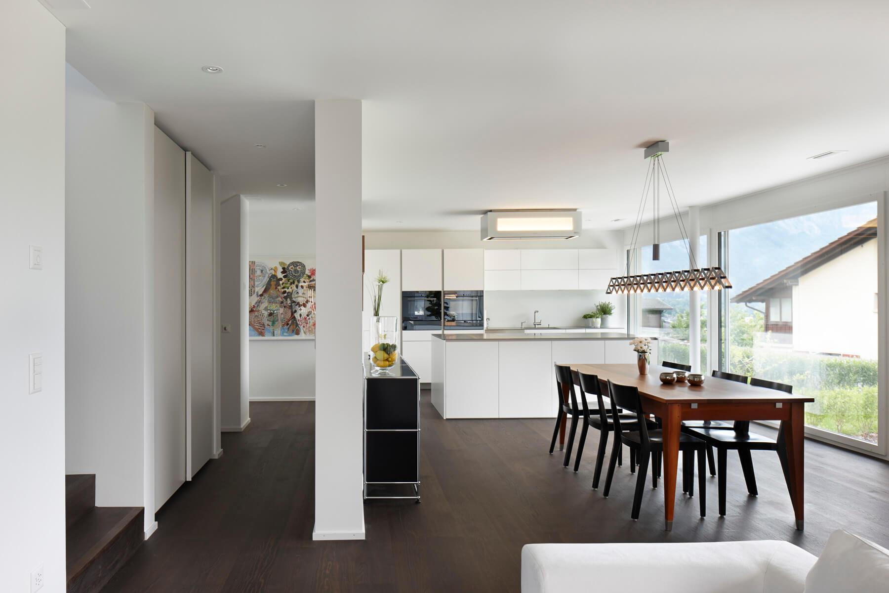 malans-doppeleinfamilienhaus-wohnzimmer